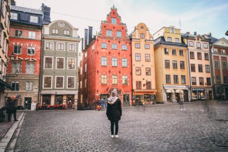 För mig har Stockholm varit som en gigantisk brottningsmatch. Jag har gråtit, kämpat, tagit stryk, hatat och älskat denna stad. Alltid känt mig bortstött. Aldrig accepterad. När jag släppt allt detta - så känner jag mig istället välkommen och inkluderad. Numera bjuds jag in och man är nyfiken på vad jag har att säga. Till och med media är snälla:)