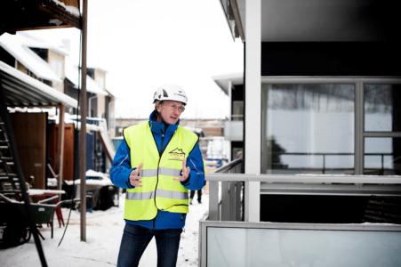 Vår störst utmaning i byggeriet är att bygga billigt, vackert och med god hållbarhet för alla.  Ibland känns det som en övermäktig arbetsuppgift men ibland tror vi oss kunna lösa denna gordiska knut
