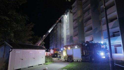 En omskakande och dramatisk kris med storbrand och flera personer allvarligt skadade.