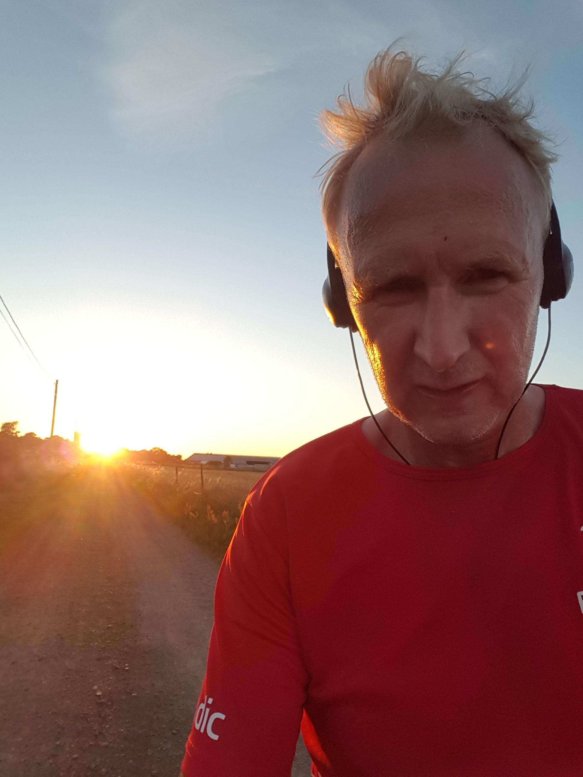 Det gäller och vara lite småländsk och envis. Att inte acceptera att det inte går att springa fort eller träna hårt fast man blir äldre.